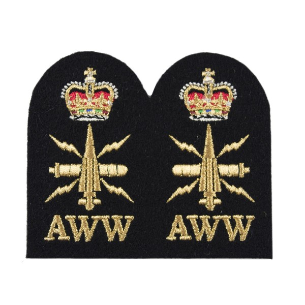 Above Water Weapons (AWW) - Chief Petty Officer (CPO) - Royal Navy Badge