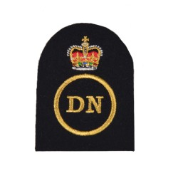 Dental Nurse (DN) – Petty Officer (PO) - Royal Navy Badges